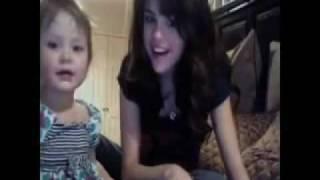 getlinkyoutube.com-Selena Gomez - Funny/Awesome clips