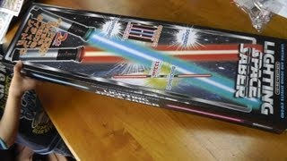 getlinkyoutube.com-ライトセーバー!! UFO キャッチャー げとー!! 開封 そして Battle!!