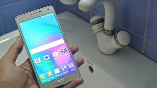 getlinkyoutube.com-Samsung Galaxy A7 - Water Test HD