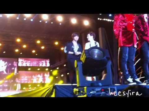 [FANCAM] 130115 GDA Ending EXO Suho & Kai