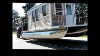 getlinkyoutube.com-The Tiny Houseboat Moves from Land to Water, a Documentary by Carla Schwartz, July 2013