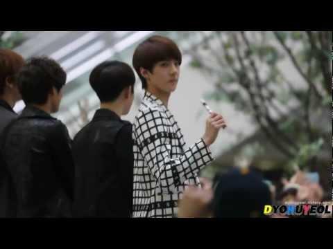 Fancam 120509 Gwangju Fan Sign Event - Sehun focus