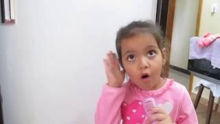 getlinkyoutube.com-Canta muito essa menina, Maria Clara com apenas 4 anos-  Hino (Meu Barquinho) vejam..