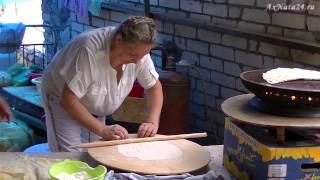 getlinkyoutube.com-Кутабы. Путешествуя, знакомимся с Азербайджанской кухней.
