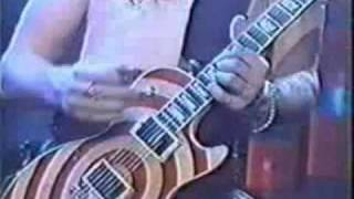 getlinkyoutube.com-Guitar Battle Slash VS Dimebag Darrel VS Zakk Wylde