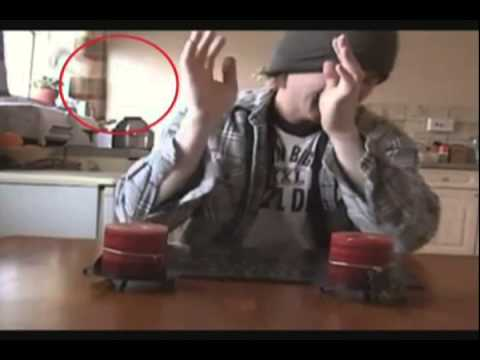 Mellowb1rd Poltergeist Activity Caught on Tape = FAKE. Paranormal Special Effects.