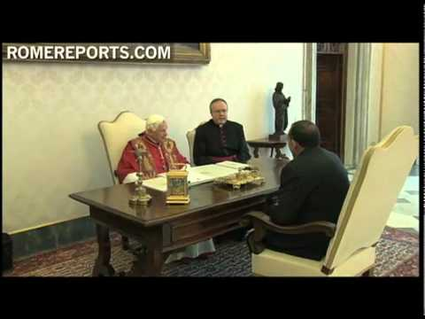 Pope welcomes Honduras President  Porfirio Lobo Sosa