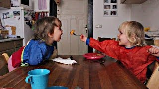 getlinkyoutube.com-Twins Talking: Twins feeding themself with noodles ♥ Funny twins video