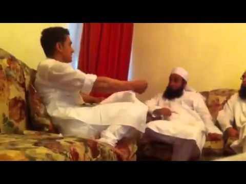 Amir khan with tariq jameel and junaid jamshed