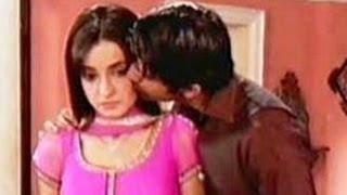 getlinkyoutube.com-Arnav & Khushi's MARRIAGE CONTRACT OVER in Iss Pyaar Ko Kya Naam Doon 25th July 2012