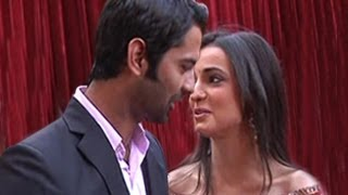 Arnav TOUCHES Khushi's LIPS in Iss Pyaar Ko Kya Naam Doon 17th April 2012