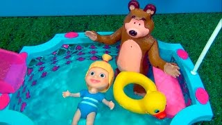 Masha and The Bear - SWIMMING POOL - TOY STORY  #MASHA #MASHAEOURSO #BEARMASHA #MASHA #MASHAEOURSO