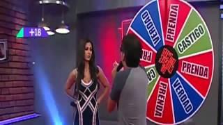 getlinkyoutube.com-Claudia ramirez se saca el vestido y queda desnuda en la noche es mia