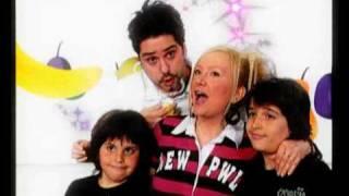 getlinkyoutube.com-Carolija - Leontina i Ivana - Kako rastu deca