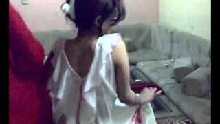 getlinkyoutube.com-رقص بنات في الشقه.mp4