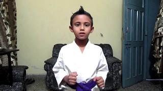 Amazing Karate  kid doing Split