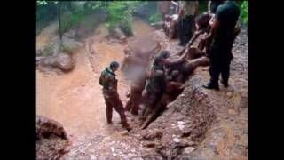 getlinkyoutube.com-Royal Marines Commando Look At Life The Endurance Course