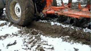 getlinkyoutube.com-Labour d'hiver avec un FIAT 160-90