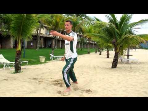 Alex Soares, massagista do Fluminense, é professor de tai chi chuan