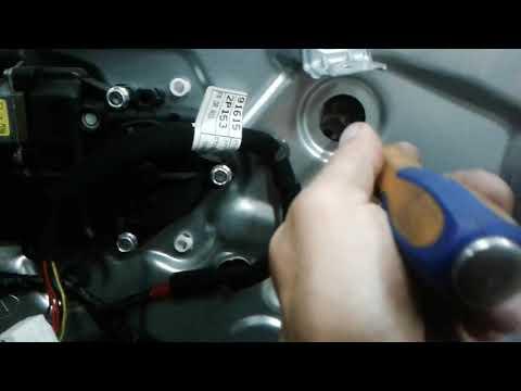 Как поменять боковое переднее стекло на Kia Sorento своими руками