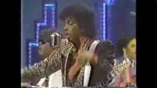 getlinkyoutube.com-Jesse Johnson Revue on Soul Train (Back to Back Performance)