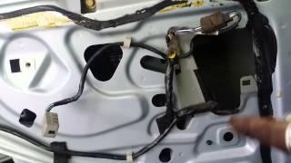 getlinkyoutube.com-Z3 window motor repair