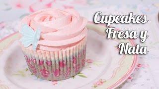 getlinkyoutube.com-Cupcakes de Fresa y nata | Quiero Cupcakes!