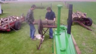 getlinkyoutube.com-1937 B John Deere cutting wood with buzz saw