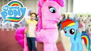 getlinkyoutube.com-Май литл пони - аквагрим для лучшей подружки Светы на фестивале Мультимир. Видео для девочек.