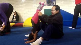 getlinkyoutube.com-Stretching Volunteer - Toddler Gymnastics 2