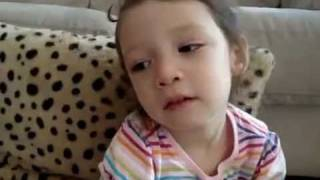 getlinkyoutube.com-The cutest baby Learning Chinese!!!-two year old translator