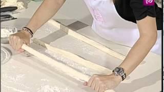 getlinkyoutube.com-ديما حجاوي - كعك بالسمسم التركي | Roya