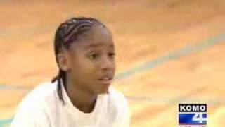getlinkyoutube.com-Amazing 11 year old athlete