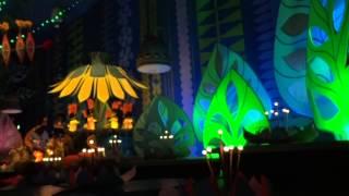 getlinkyoutube.com-イッツ・ァ・スモールワールド『ベリーメリーホリデー』2012