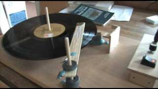 getlinkyoutube.com-Homemade Electric Record Player
