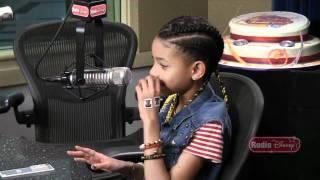 getlinkyoutube.com-Willow Smith Pranks Justin Bieber | Radio Disney | Disney Playlist