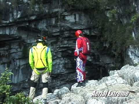 Mexican BASE Cave Jump at Cave of the Swallows - Aerial Extreme