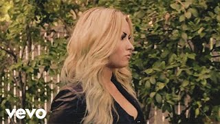 getlinkyoutube.com-Demi Lovato - Never Been Hurt (Official Video)
