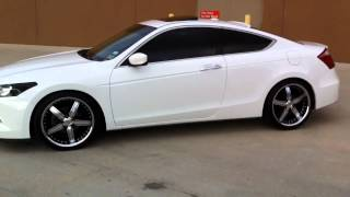 "getlinkyoutube.com-Honda Accord Coupe Staggered on 20"" Wheels"