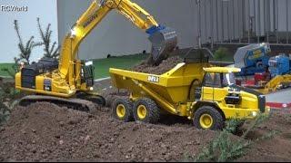 getlinkyoutube.com-RC Construction Site Excavator Dozer Dumper Baustelle Bagger ♦ Erlebniswelt Modellbau Kassel 2016