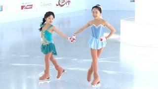 getlinkyoutube.com-本田望結・紗来姉妹、アナ雪「雪だるまつくろう」で初滑り披露 『東京スカイツリータウンアイススケート』オープニングセレモニー