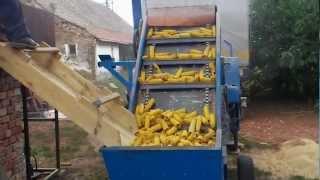 getlinkyoutube.com-Krunjenje kukuruza - Rusko Selo