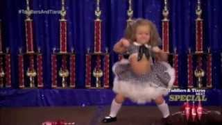 getlinkyoutube.com-Toddlers and Tiaras: Televised Abuse and Unethical Parenting