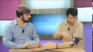 getlinkyoutube.com-Fap Mode activated on mechanical arm during tv show