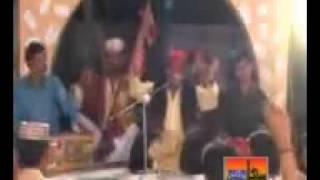 getlinkyoutube.com-Samjha Pahenje Maetan Khay Sindhi Funny Song Khooni Mahroo kutur kutur .mp4