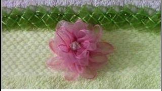 getlinkyoutube.com-Como hacer  bordados en cintas rosas de organza hermosas Tips 2