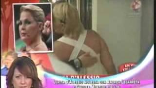 getlinkyoutube.com-Lupita Dalessio Vs Andrea Legarreta