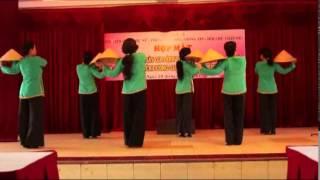 getlinkyoutube.com-Dáng Đứng Bến Tre - đội múa u60 Điệp Báo