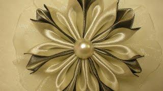 getlinkyoutube.com-Канзаши Цветок из Лент. Новый Лепесток./DIY /KANZASHI / Make Hair Bow /Tutorial / Flower./