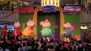 getlinkyoutube.com-Peppa's Christmas Surprise! - Peppa Pig Live Show at United Square Mall, Singapore